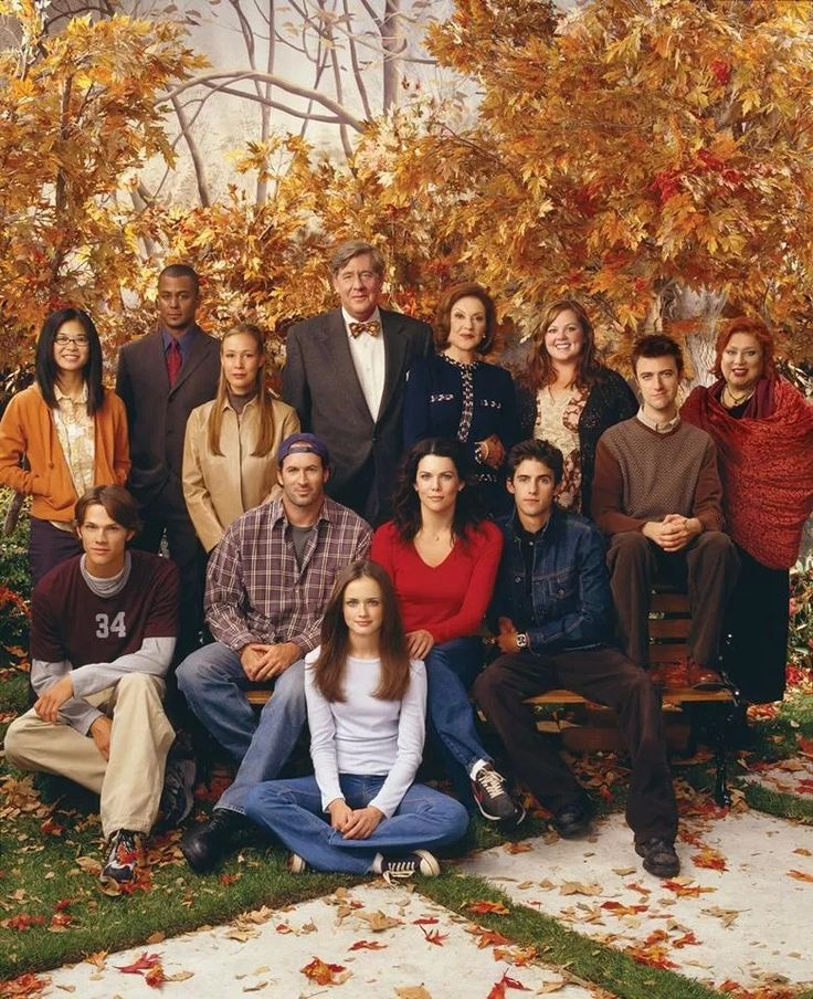 Yes this is the cast of Gilmore girls, what of it? #love #bestshowever!