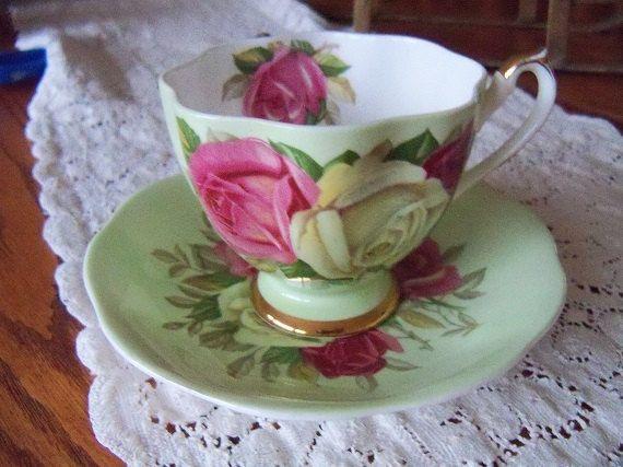 Tazza da tè d'epoca Queen Anne e piattino di YorkshireTeaCupShop