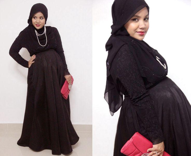 Beautiful...mash'a-allah....hijab and being pregnant