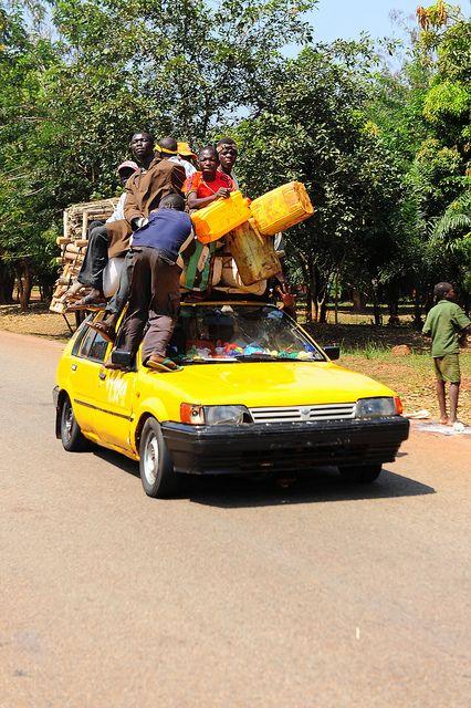 Africa | 'crowdy car!' Central African Republic |  ©  Luca Gargano.
