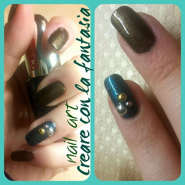 Nail art - bronzo e verde con borchie #nailart #smalto #unghie #nails #borchie #autunno