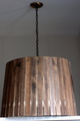Cover a lamp shade in stained paint stirrers.: Paint Sticks, Pendants Lamps, Paintings Sticks, Paintings Stir Sticks, Lamps Shades, Lampshades, Paintings Stirrers, Lights Shades, Pendants Lights
