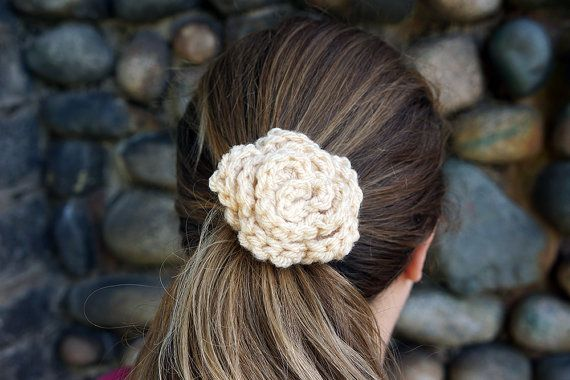 Cream Crochet Flower Hair Elastic by knitsandperls on Etsy Knitting ...