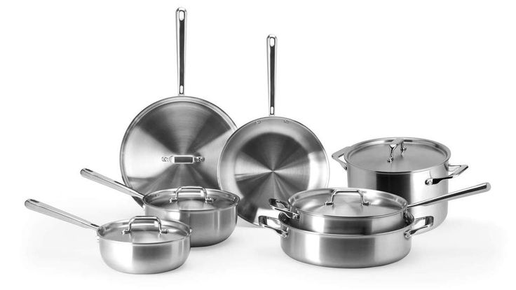Learn How To Cook With Stainless Steel Without Your Food Sticking Stainless Steel Pans Cookware Set Stainless Steel Steel
