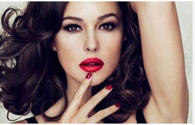 Avec amour: Μυστικά ομορφιάς για μελαχρινές γυναίκες
