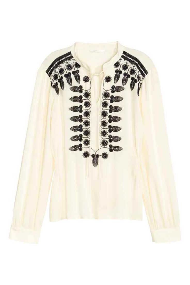 Embroidered blouse | H&M