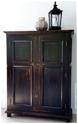 Armoire antique en pin de 60 ''