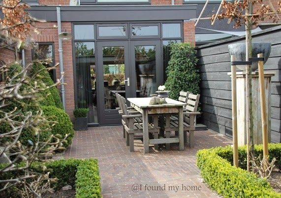 Pin by modern country style on garden modern country pinterest tuin - Eigentijds pergola design ...