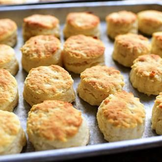 There are biscuit sandwiches...and then there are OH MY GOODNESS, BISCUIT SANDWICHES!!!!! This one happens to be in the latter category.  Start with the dry ingredients for the biscuits: flou...