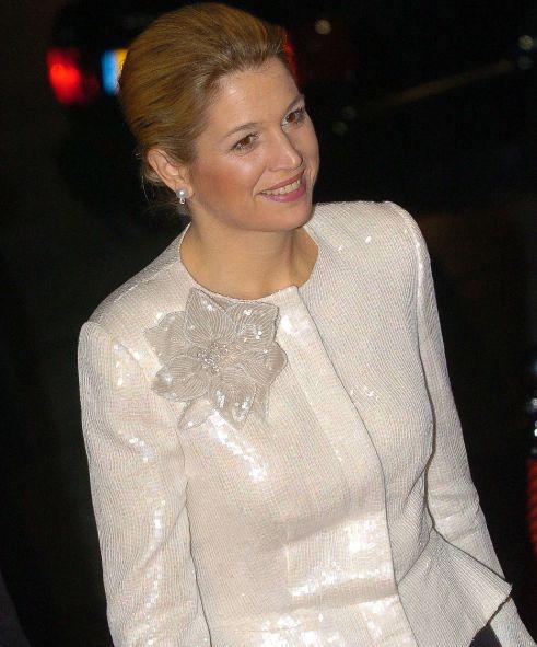 Eenmaal gedragen kleding: wit jasje van pailletten