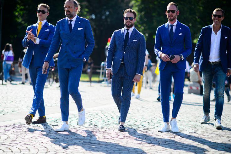 結婚式で参考にしたい新郎のカジュアル衣装