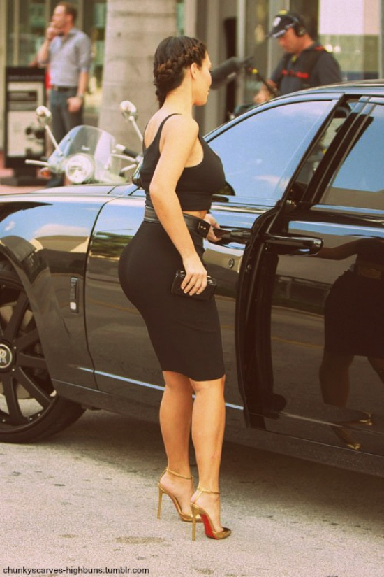 1000+ images about Autre on Pinterest | Kim kardashian, Sexy legs ...