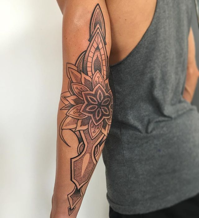 Best 25+ Chest Tattoo Template Images On Pinterest