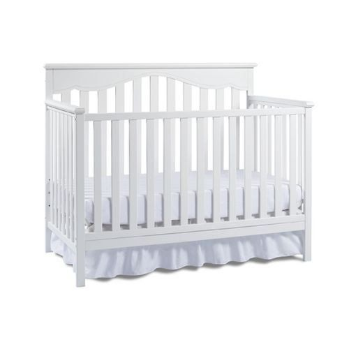 The #Fisher-Price Ayden Convertible Crib is a perfect complement to any nursery with its transitional style and sturdy construction. The beautifully simplistic d...