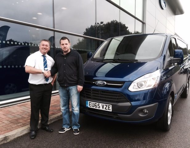 Congratulations to master plasterer Steven Kellythorn who picked up his brand-new #65Plate Ford Transit Custom from the Essex Ford Transit Centre today!