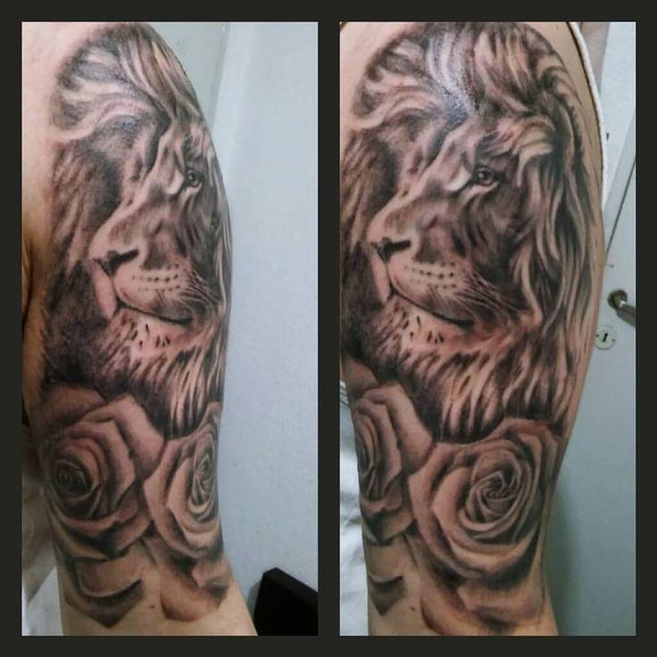 Terminado el leon con jopo! #liontattoo #blackandgrey #tattoo #lion #emilianoemetattoo