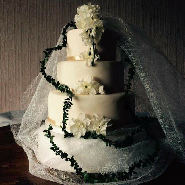 3 tier wedding cake by Croston Cakes