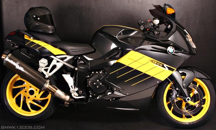 Black/Yellow/Yellow wheels