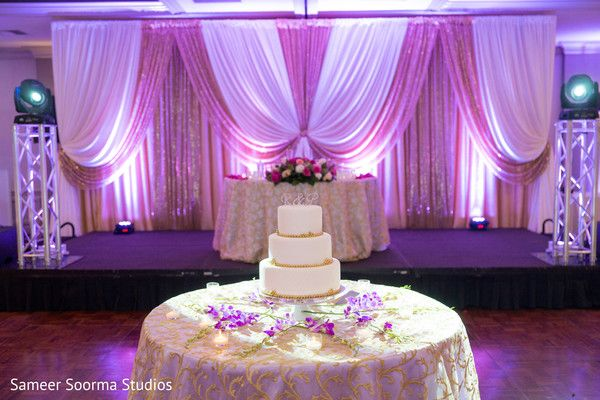 Amazing capture of the lovely wedding stage and cake. http://www.maharaniweddings.com/gallery/photo/84009
