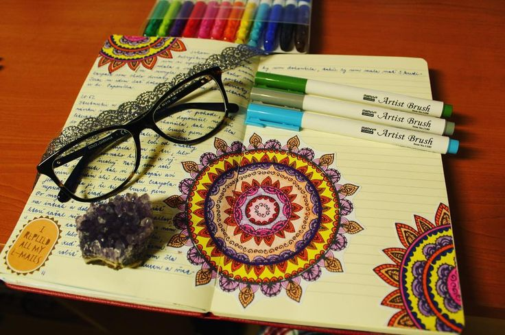 "Páči sa mi to: 23, komentáre: 1 – Dominika Imrichová (@ms_domca) na Instagrame: ""Exams are coming .... what does it mean?  Mandala time!  #mandala #journal #journaling…"""