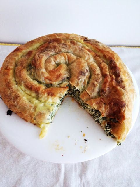 Spinach & cheese Roled pie