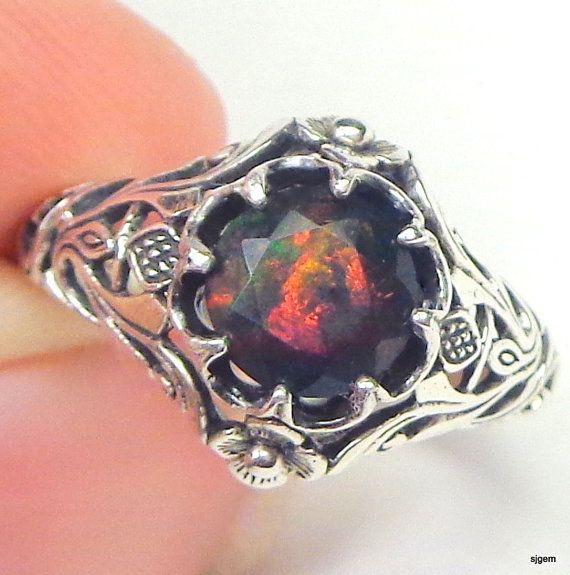 SZ 7 ópalo negro de Welo anillo de plata por Steampunkitis en Etsy