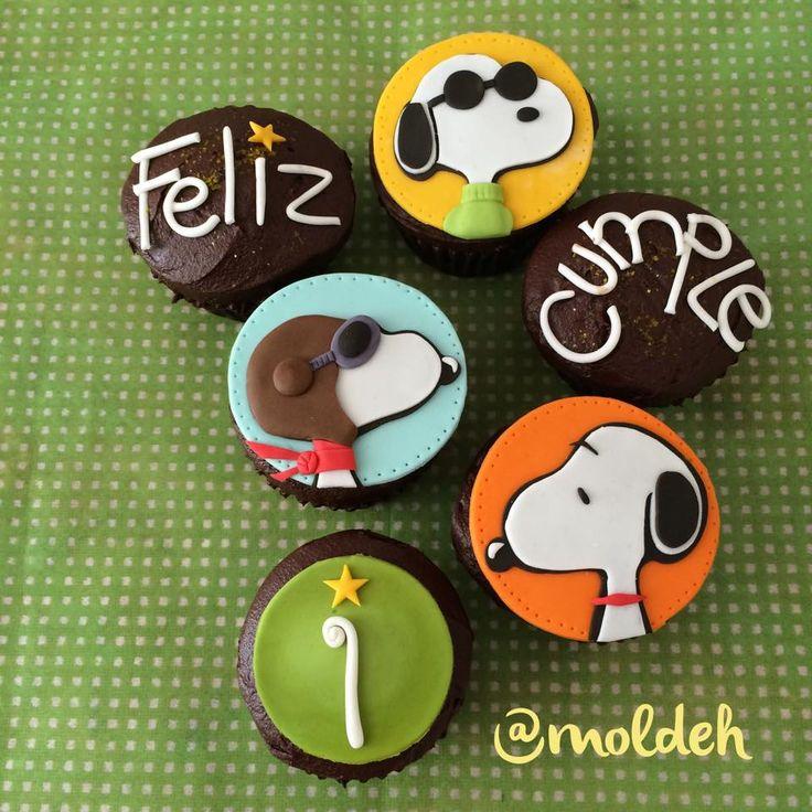 Cupcakes de Snoopy // Snoopy Cupcakes // Joe Cool, Red Baron