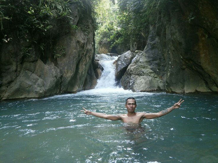Another hidden paradise in sentul, bogor with natural pool and tiny waterfall
