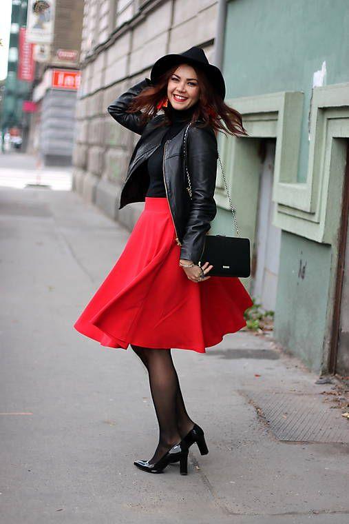 MargiFashion / Červená kruhová sukňa