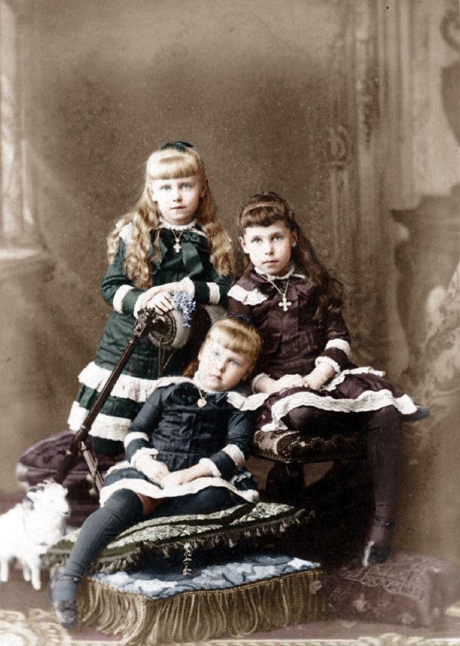 The three eldest Princesses of Edinburgh: Marie, Victoria Melita, and Alexandra.