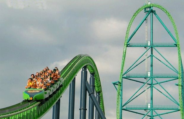 """""""The No. 1 coaster in the world is in the good ol' US of A, and it's one hell of a white-knuckle ride. Not only is it the world's tallest roller coaster at 456 feet, it also has the biggest drop at 418 feet, and goes from 0 to 128 mph in just 3.5 seconds.""""  i'll just hold everyone's stuff for them"""