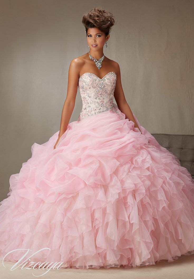 18 best QUINCE DRESSES images on Pinterest | Prom party, Ball ...