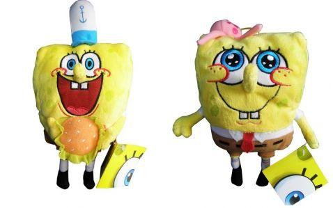SpongeBob - Plyšové postavičky, 20 cm. oztomilé postavičky SpongeBob z oblíbeného seriálu, jistě potěší každého fanouška tohoto podmořského příběhu. Figurky jsou velké 20 cm, na zádech mají poutko.
