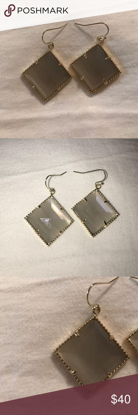 Kendra Scott slate cats eye drop earrings Slate cat eye drop earrings with gold Kendra Scott Jewelry Earrings
