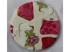 Handbag Fabric Covered Mirror by Crafty GuiderPretty Fabrics, Handbags Fabrics, Fabrics Placements, Strawberries Fabrics, Fabrics Covers