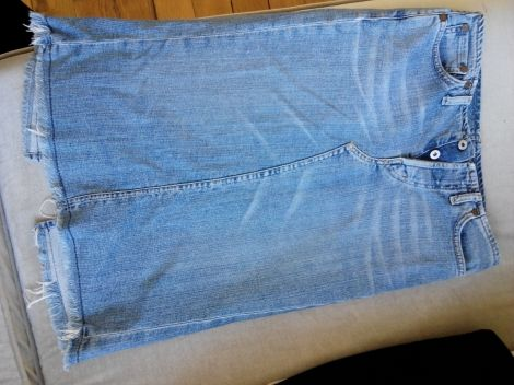 Je viens de mettre en vente cet article  : Jupe en jean Replay 20,00 € http://www.videdressing.com/jupes-en-jean/replay/p-3122905.html?utm_source=pinterest&utm_medium=pinterest_share&utm_campaign=FR_Femme_V%C3%AAtements_Jupes_3122905_pinterest_share