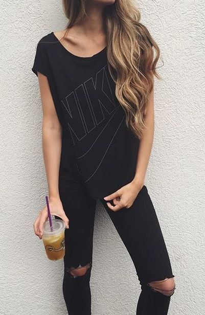 Click here to see best ripped black skinny jeans under $100: http://www.slant.co/topics/5009/~ripped-black-skinny-jeans-under-100