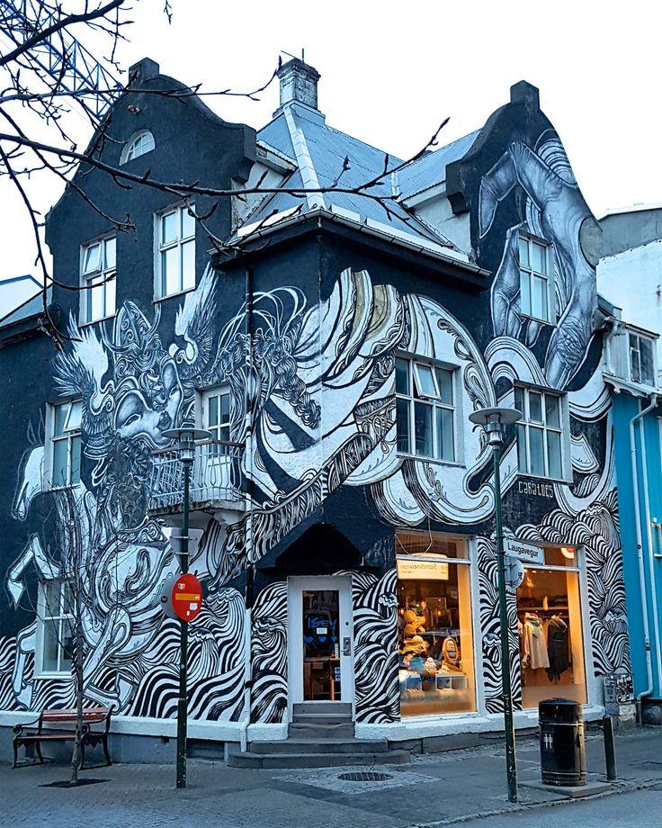 Actuellement en vadrouille en Islande, je vous propose une petite découverte du Street Art aperçu dans les rues de Reykjavik ! Complètement absent de l'Isl