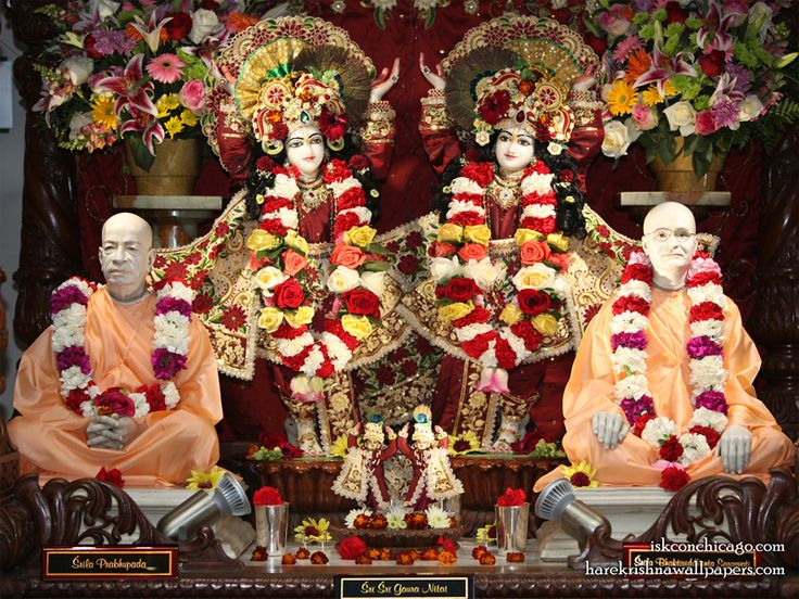 Sri Sri Gaura Nitai with Acharyas Wallpaper Wallpaper {ISKCON Chicago} For more screen resolution wallpapers visit http://harekrishnawallpapers.com