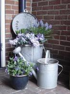 Leuk idee hoekje voor buiten met bloemen