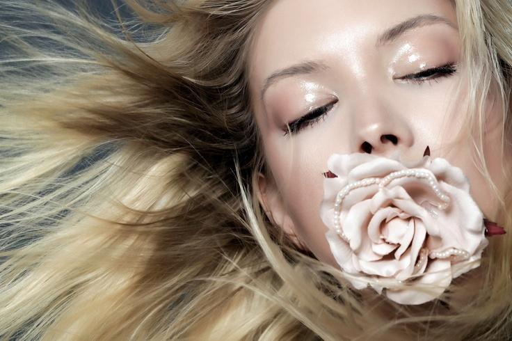 photo: Alessio Migliardi  make up: Silvia Sadecka  www.silviasadecka.com
