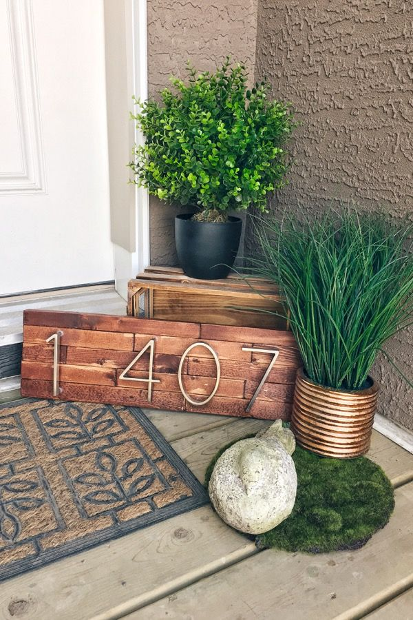 Modern Minimalist House Numbers - Art as the Anchor: Make your own modern house number plaque in this how-to blog post!