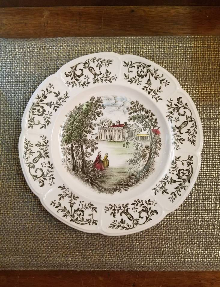 """Vintage Johnson Bros Plate - 10"""" - Mount Vernon - View from the Potomac - East Front - Vintage English China Plate - Windsorware by HeatherhouseDesigns on Etsy"""