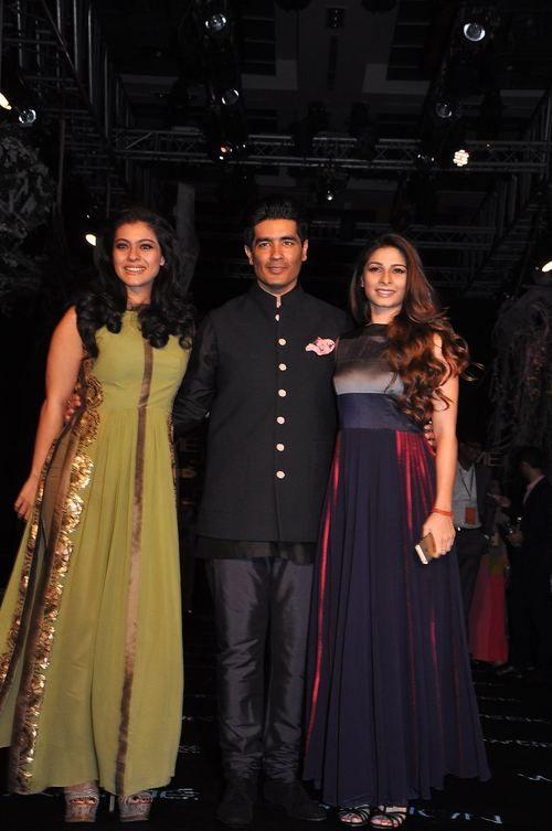 Kajol, Manish Malhotra and Tanisha Mukherjee at Manish Malhotra Lakme Fashion Week Summer Resort 2014
