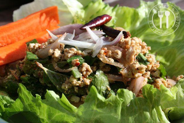 Pikante Thaise kipgehakt salade