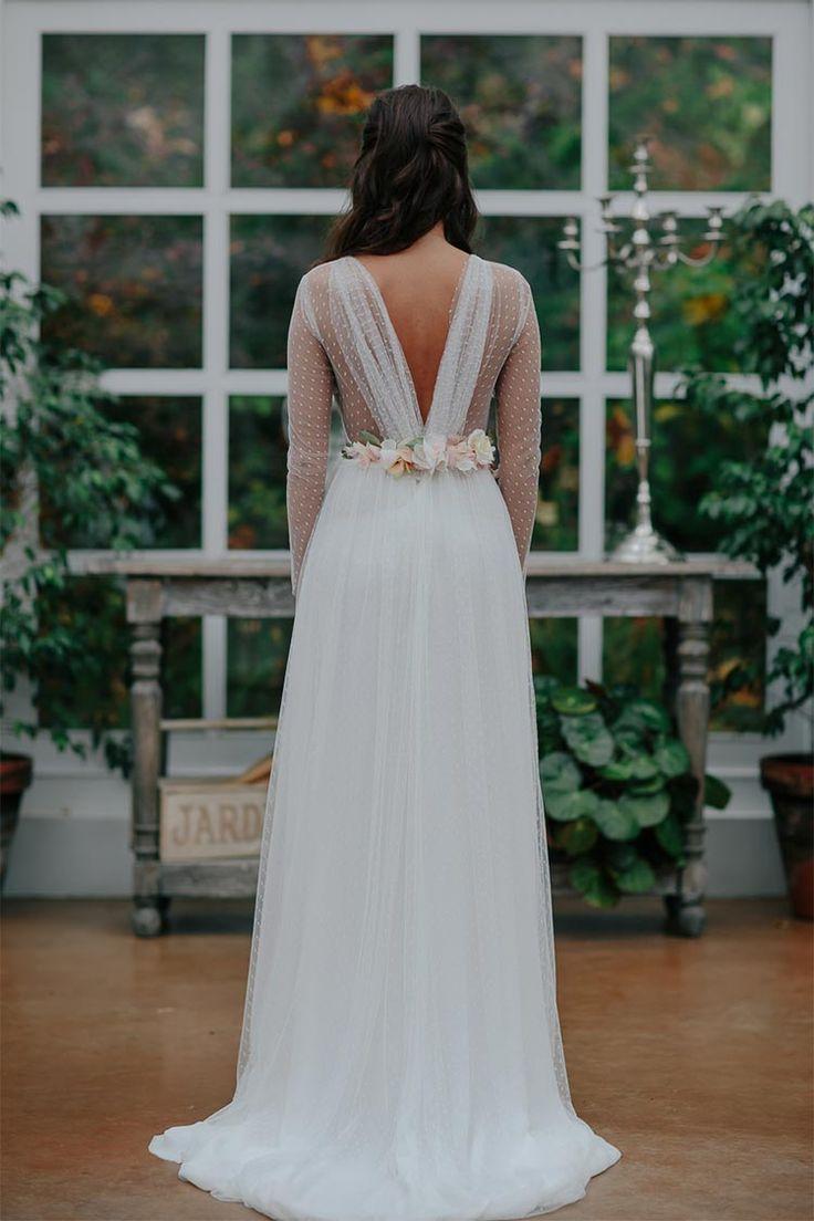 vestido-novia-espalda-V-plumeti-y-cinturon-flores-oh-que-luna