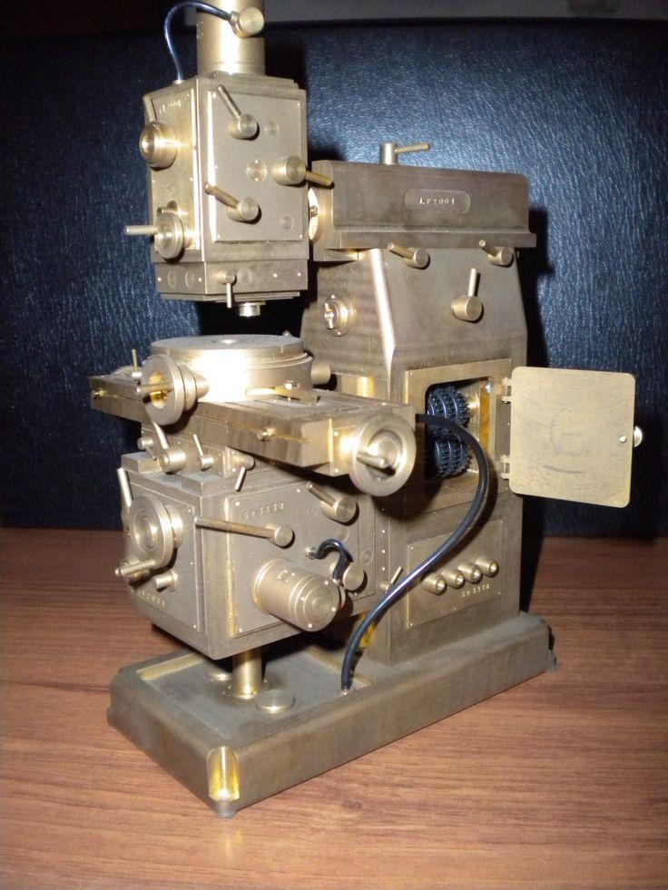 universal milling sculpture