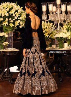 Deepika Padukone at Delhi Couture Week 2013 Grand Finale collection Manish Malhotra