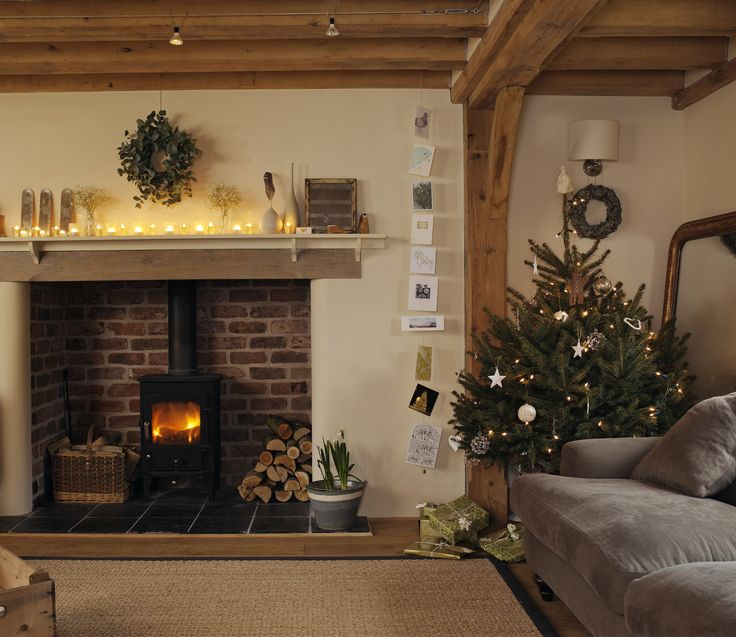 Border Oak - Christmas sitting room More