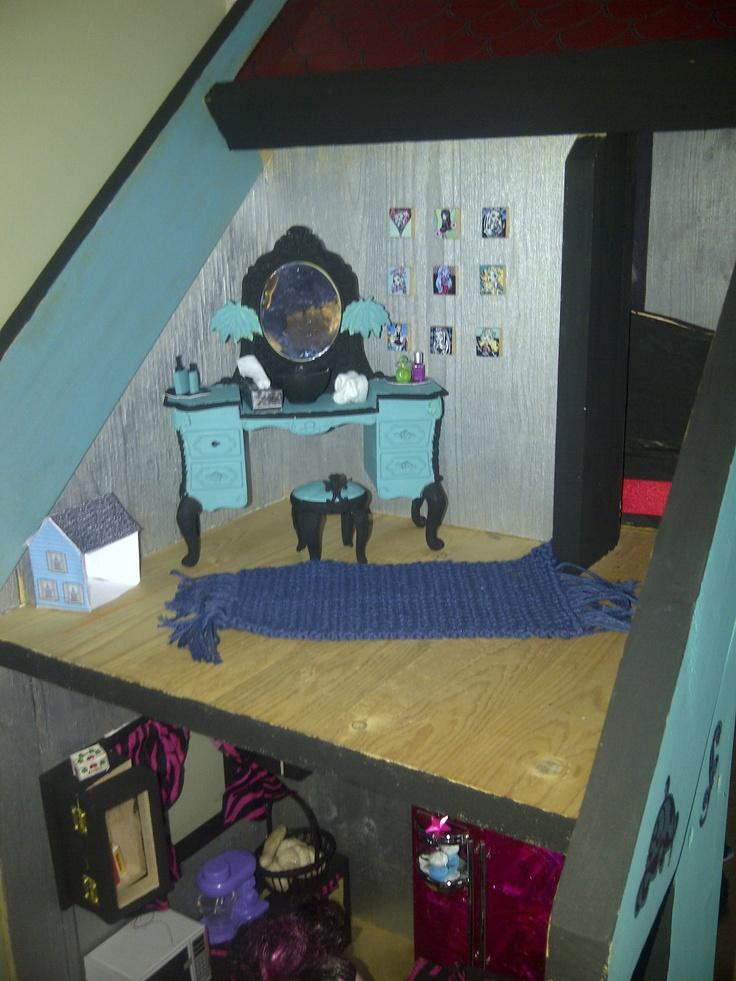 Repainted Barbie vanity, printie tissue box, crocheted rug, printie dollhouse, scrabble tile monster high printables
